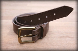 Quilted leather belt brown MOSAZ