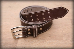 Quilted leather belt brown